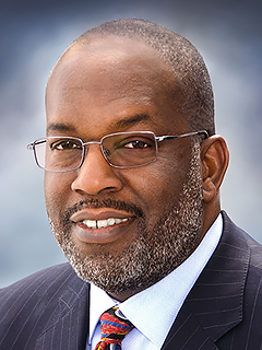 Bernard J. Tyson, CEO of Kaiser Permanente, discusses value-based care and Medicaid at AHIP's conference.